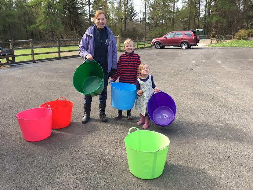 Shiresmill Recieves Brand New Buckets in Generous Donation