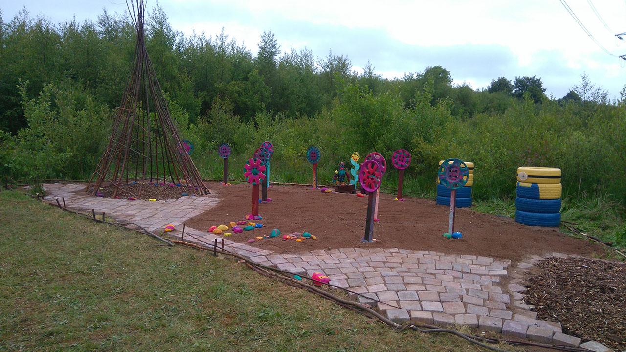 First Fantastic Feature Installed in Sensory Park!